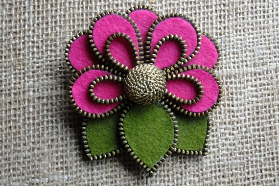 Flower with Brass Button Felt Zipper Brooch (For Coat/Jacket/Hat )