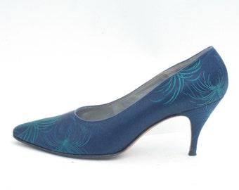 1950s blue high heels - size 7.5 - 1950s blue satin pumps with fireworks decoration - 1950s blue pumps - 1950s blue shoes