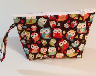Brown Owls *WHITE ZIPPER* Make Up Bag - Accessory - Cosmetic Bag
