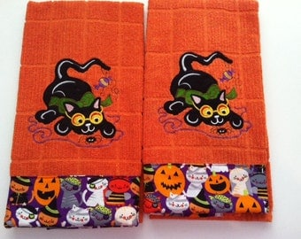 Kitchen Towels: Funky Halloween Cat