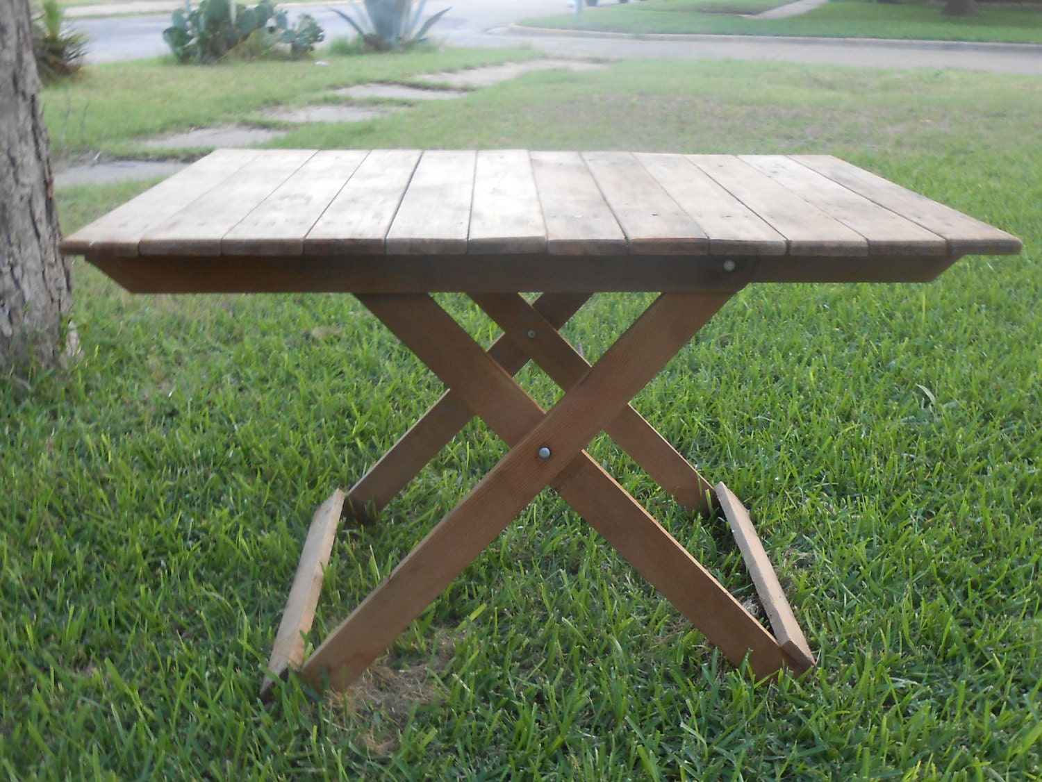 Reserved for barbara gordon handmade table folds up flat old for Fold up nail table