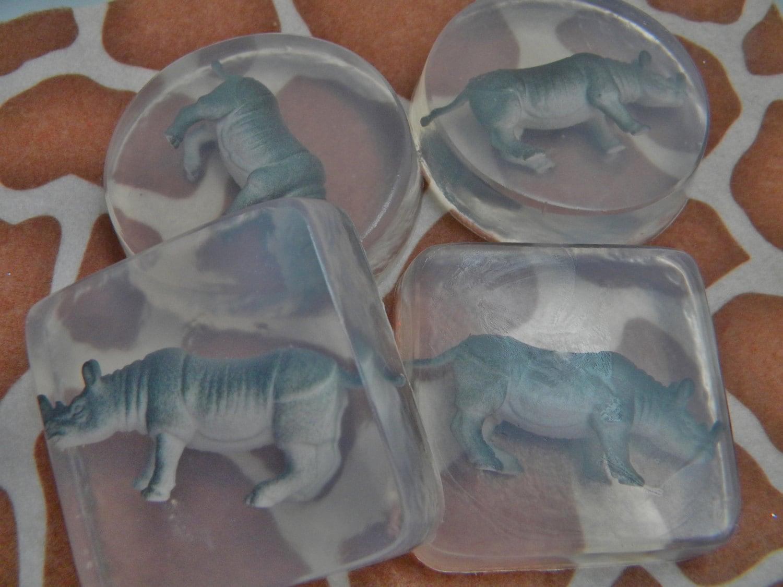 Rhinoceros soap favors safari zoo bath decor rhino soap for Zoo bathroom decor