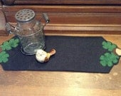 Acorn and Leaves - 3 Decoration Mats - Woolfelt Penny Rug - E-Pattern