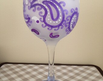Paisley Wine Glass