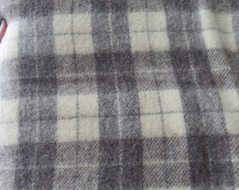 Pendleton Style Woven Wool Blanket. Queen Size 88x88. Natural Brown and Cream.