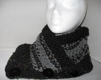 Hand crochet neckwarmer