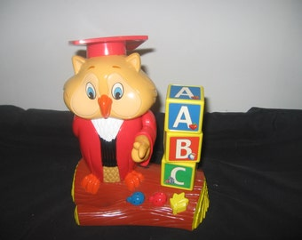 Vintage Professor Oliver Owl educational toy game