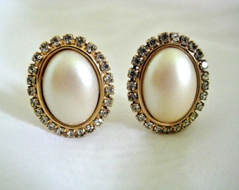 Vintage Rhinestone Framed Pearl Button Earrings Prong Set Clip On Mid Century
