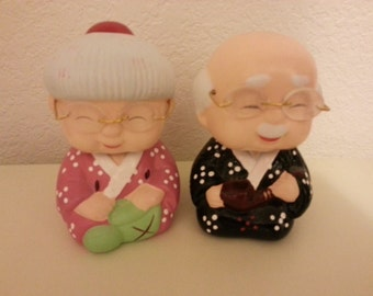 Ceramic Man and Lady Bobbleheads - sold as a set - Super Cute