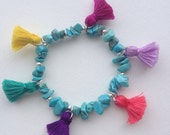 Bohemian Summer - turquoise chips and colorfull tassels