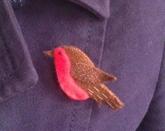 Robin Red Breast - Felt robin brooch