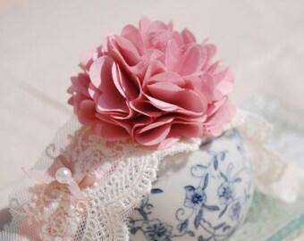 Beautiful vintage pink flower collar for your lovely dog, handmade wedding dog collar,pet fashion,cute dog collar.Birthday gift for dog