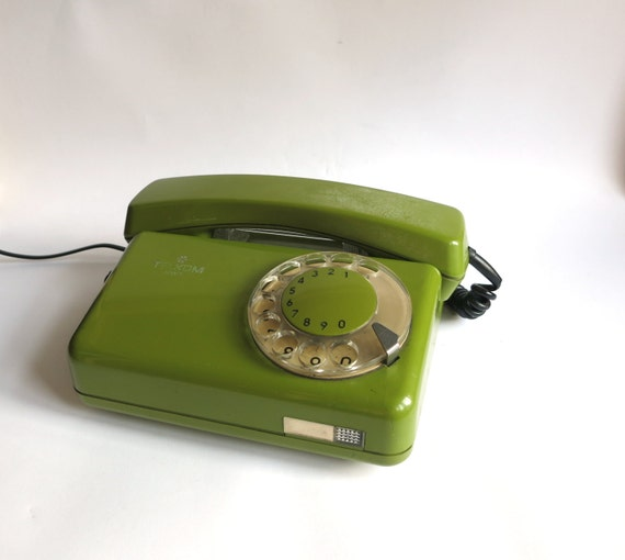 Rotary Olive Green Vintage phone 1980s (GOOD WORKING)