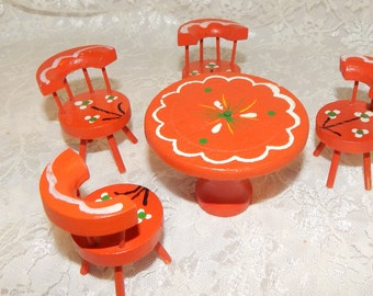 Vintage wooden Dollhouse Furniture Table and 4 chairs Red with Folk Art Designs