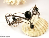 Sassa- wire wrapped bracelet with black onyx, handmade, copper