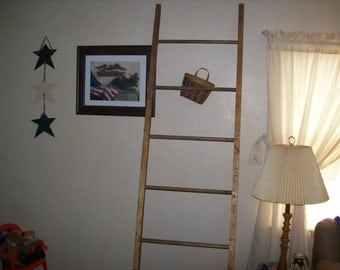 7 Foot Leaning Quilt / Blanket / Towel / Pot Ladder, Lower Priced. Ending this ladder! Only 1 to Sell at This Price! So Hurry!