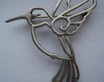 Vintage Signed JJ Fabulous Silver pewter Outlined Hummingbird Brooch/Pin
