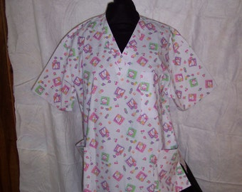 Large White Miss Kitty Scrub Top