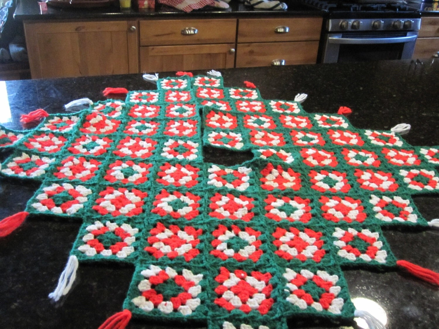 Square Tree Skirt 115