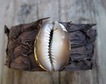 Beautiful Cowrie Shell Fish Skin Leather Cuff