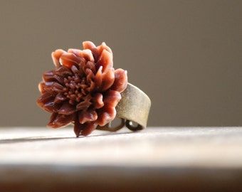Mocha Bloom Ring
