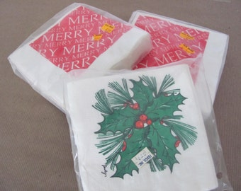 Vintage Christmas, 1970's Merry Christmas, Holly Napkins, Paper Christmas Napkins, Christmas Decor