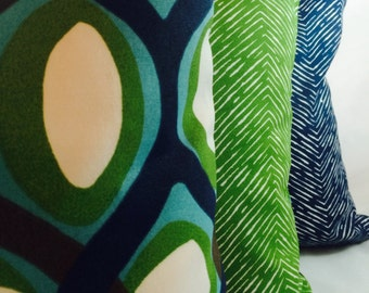 Outdoor pillow slipcovers from Premier Prints in Navy, Bay Green and Aqua on white background