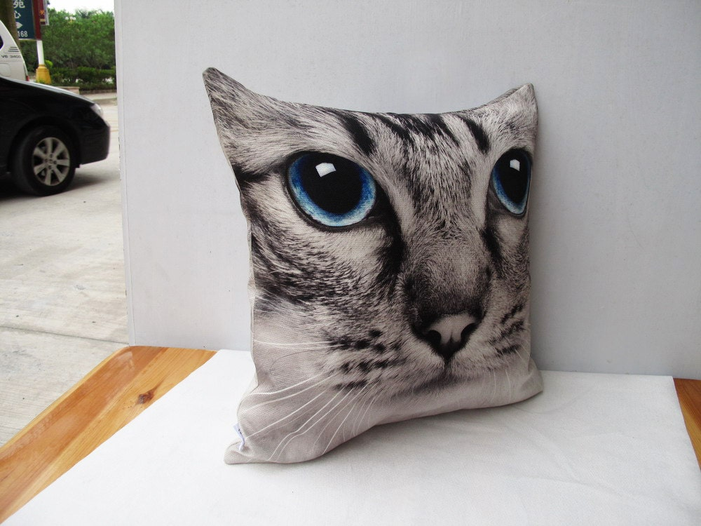Ornate Animal Pillow Cover Giveaway : Cat Pillow Decorative velvet pillow cushion cover animal