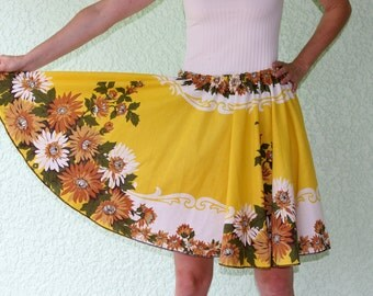 Vintage Tablecloth Circle Skirt - INTRIGUING scrolls & flowers yellow RETRO size up to XL