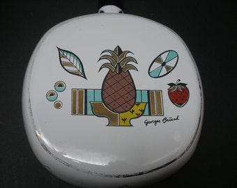 GEORGES BRIARD Ambrosia Pattern Pineapple Enamel Frying Pan Porcelaine Vintage 1960's Decorative Kitchenware