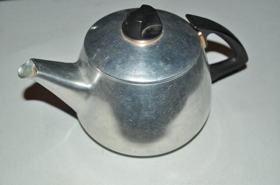 Vintage Galaxy Teapot Aluminum 6 Cup Size