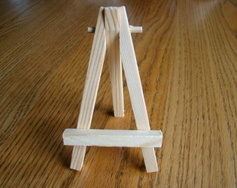 Miniature Painting Easel