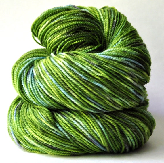Aspen 2-ply Sock Fingering Knitting Yarn Kelp Forest