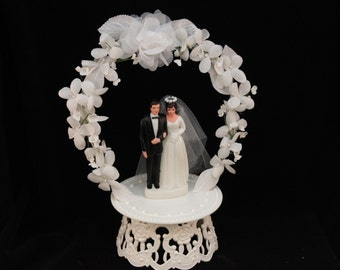 Vintage Inspired Bride and Groom with White Flower Arch Cake Topper
