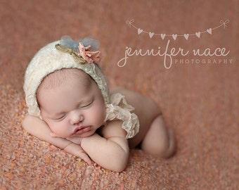 Newborn Hat, Baby Girl Bonnet, Newborn Photo Prop, Knitted Newborn Hat, Knitted Baby Hat