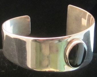 Hand crafted sterling and Onyx Cuff Bracelet