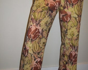 FREE SHIPPING on these Vintage 1970s Floral Tapestry Pants