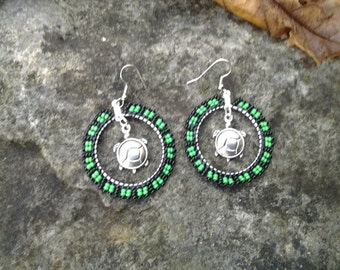 Earrings beaded hoops with turtle