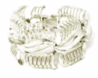Chunky Wide Wavy Silver Tone Openwork Design Link Bracelet