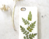 Green leaf i phone case, real pressed leaves, botanical phone accessories