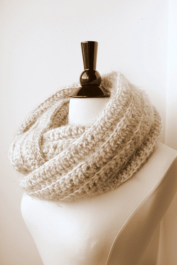 Super Soft Angel Hair Yarn Crochet Infinity Scarf-Cream