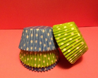 50 count - Grease Resistant Light Blue/Lime Green with White Polka dots standard size cupcake liners/baking cups