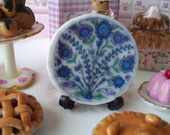 Dolls House miniature 'Blue floral' Ceramic Plate