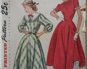 Circa 1940s Simplicity Printed Pattern 2596 Size 12 Truly Teen Style