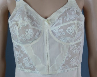 Vintage 1950s Pin Up Sky Bali Lace Corset Bra 38B