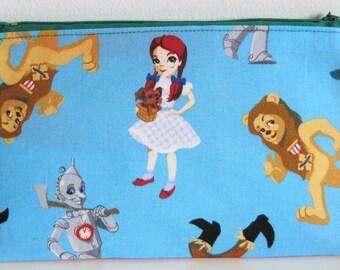 Wizard of Oz Pouch, Dorthy, Tin Man, Scarecrow, Cowardly Lion Pouch organizer, Pencil case, Back to school