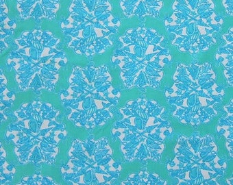 "18"" x 18"" Lilly Pulitzer Fabric Hey Sailor"