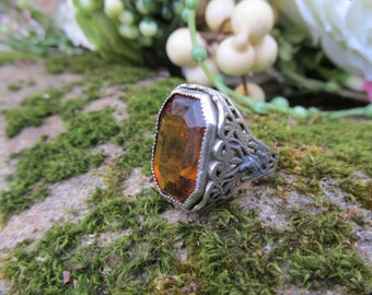 Antique Filigree Rhodium Plated Ring with Nice Gold Glass/Topaz Stone