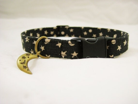 Safety Release Collar With Charm