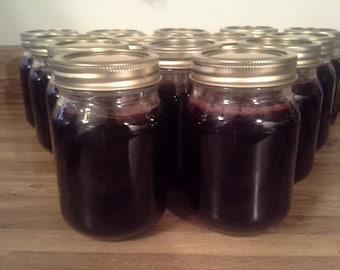 Homemade Dewberry Jelly, Pint Jars, 16 oz